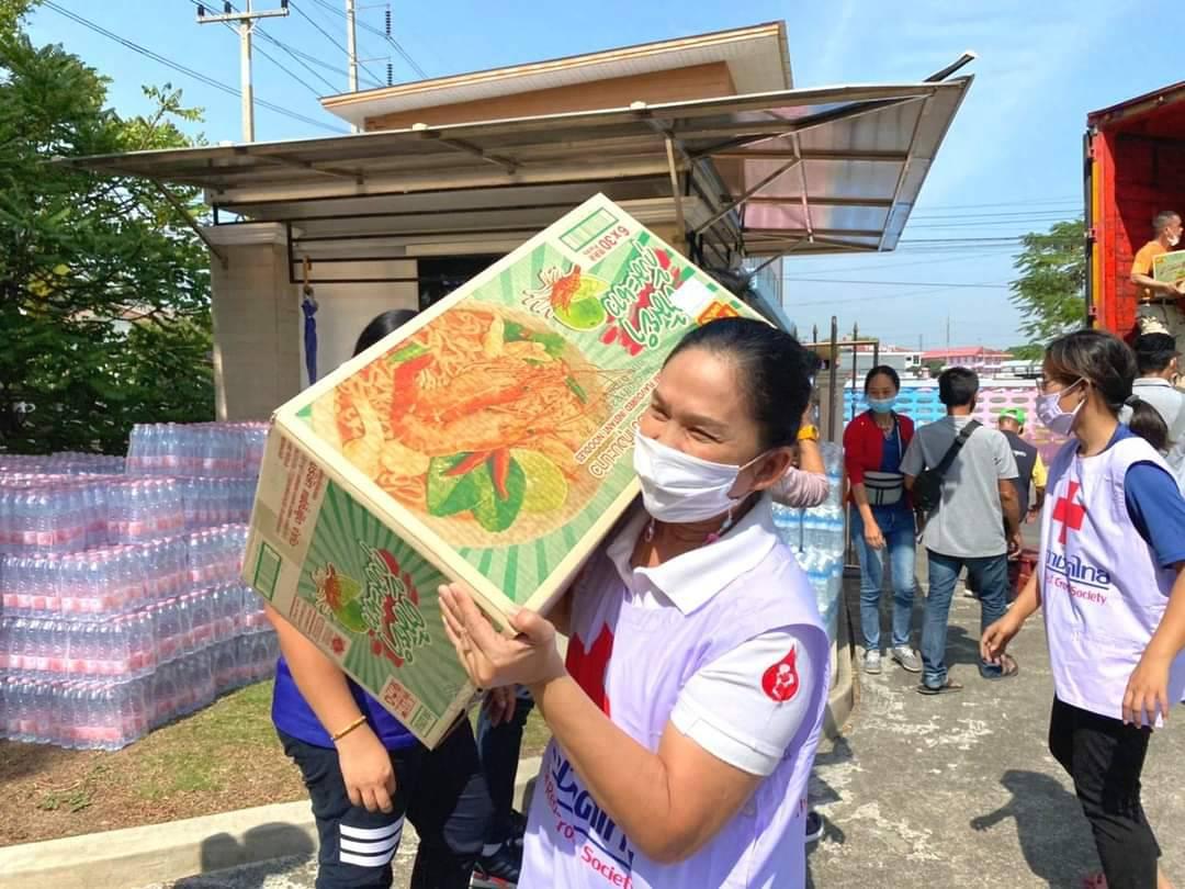 Helping people in Samut Sakhon